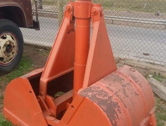 Garra hidráulica tipo almeja. Consultas al 011 15 41874049