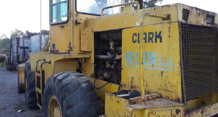 Pala Cargadora Michigan 45 C. Articulada. Motor Perkins 6/354. Balde 2 m3