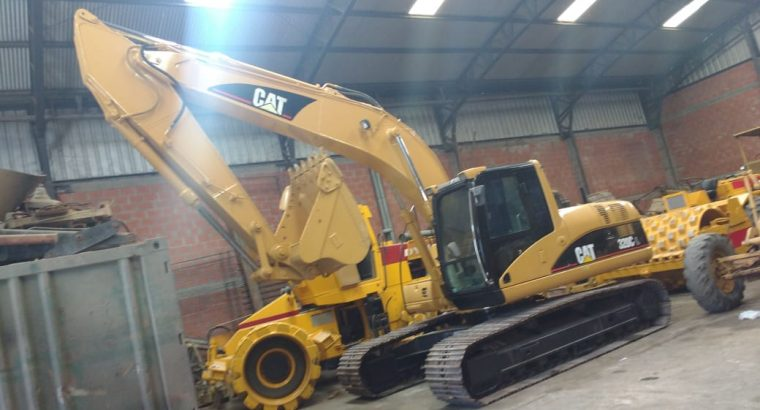 Excavadora Caterpillar 320 cl