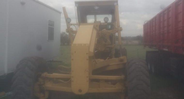 Motoniveladora Caterpillar 140g