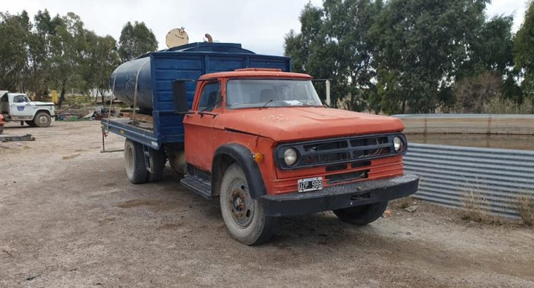 CAMION TANQUE AGUA DP 600