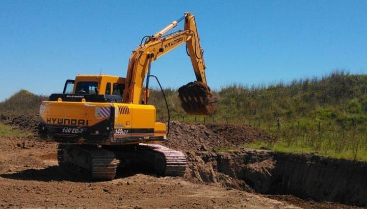 Excavadora sobre orugas Hyundai 140