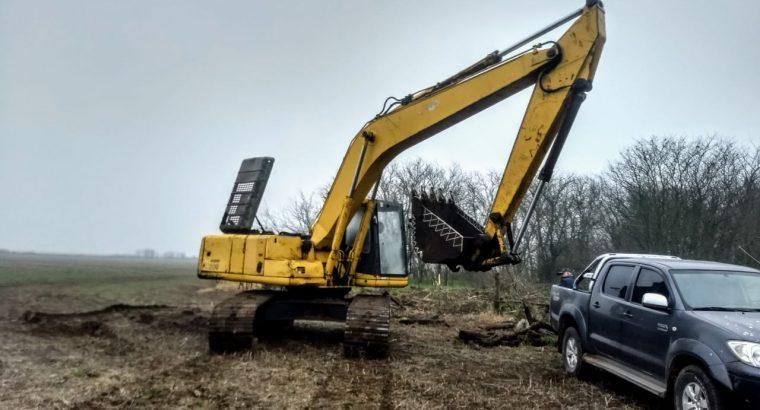Excavadora komatsu pc 200