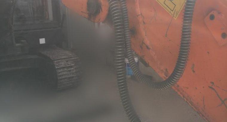 Excavadora sobre orugas Doosan dx80r