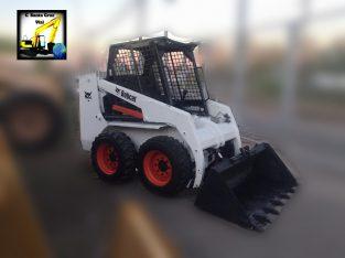 Mini cargadora Bobcat 753