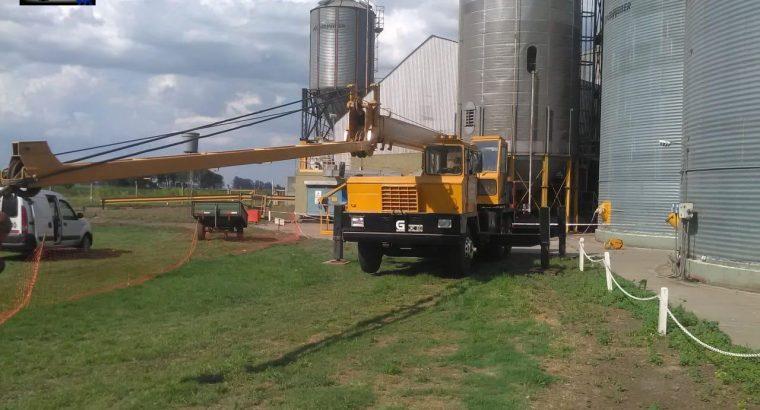 Grua Grove TMS180 sobre camion