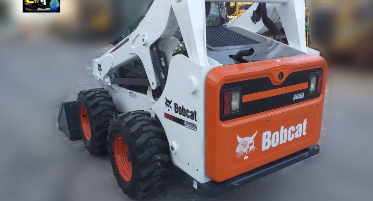 Mini cargadora Bobcat S650