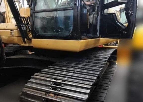 Excavadora sobre orugas Caterpillar 320DL