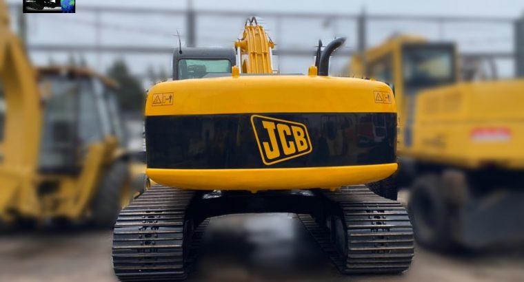 Excavadora sobre orugas JCB JS 220