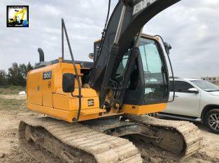 Excavadora sobre orugas John Deere 130g